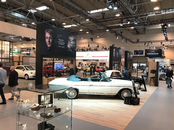 Mercedes-Benz Klassiker von Oldenburg in die ganze Welt