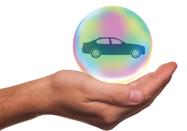 Autoversicherung zum Jahresende wechseln und Geld sparen